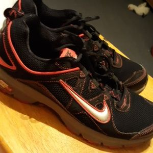Nike Air Alvord 9 Woman Shoes